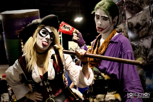 Pirate Harley Quinn and Joker by @brokenbeatjill and @eastonblaq